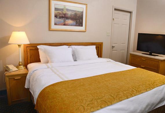 Tan-Tar-A Resort Complex 1-Bedroom Units, Missouri